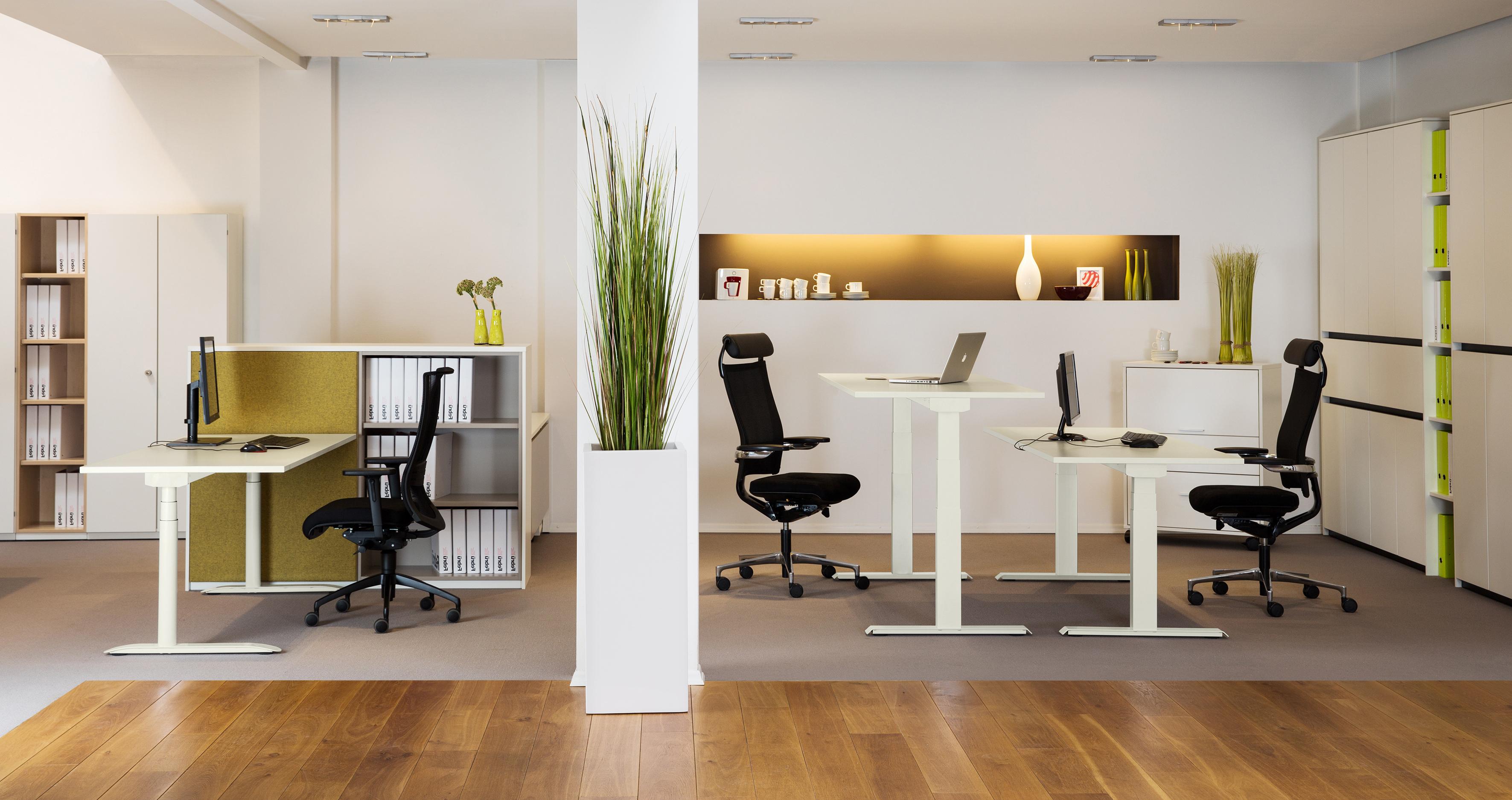 febr b rom bel k ln. Black Bedroom Furniture Sets. Home Design Ideas
